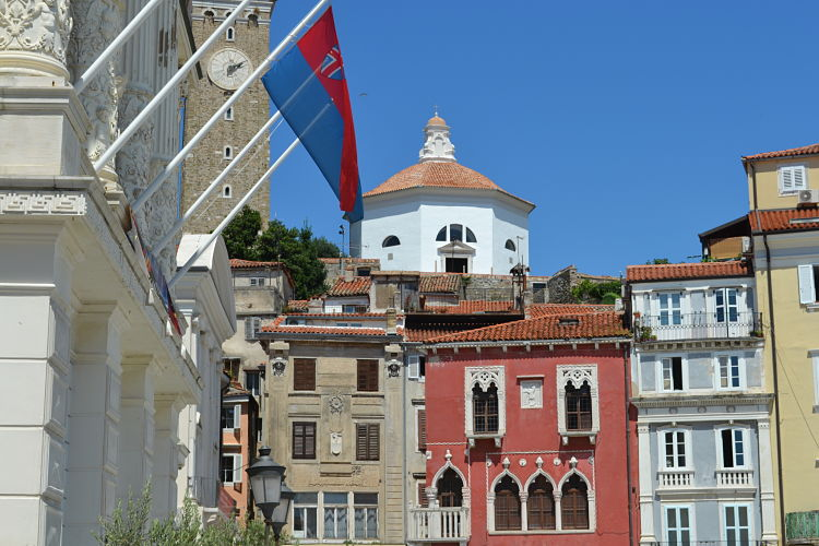 Balcanes. Casa veneciana de Piran