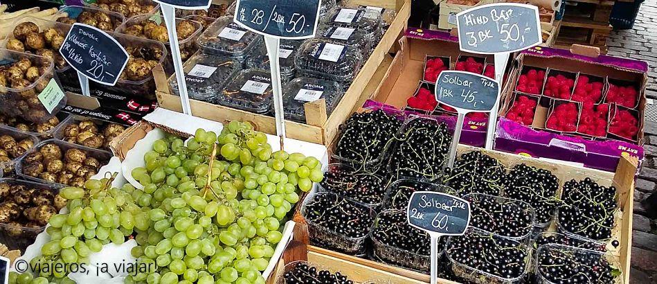 Dinamarca. Puesto fruta