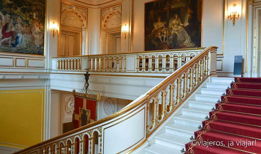 christiansborg-escalera-del-rey