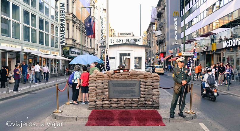 tres-visitas-checkpoint-charlie