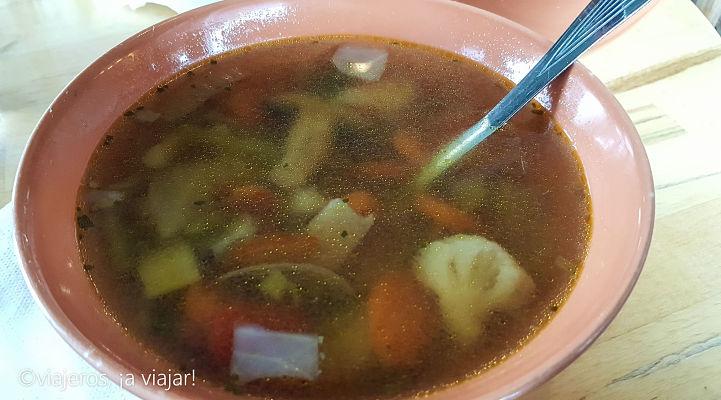 Probar. Sopa de verduras