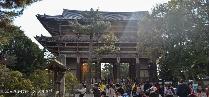 entrada a los templos