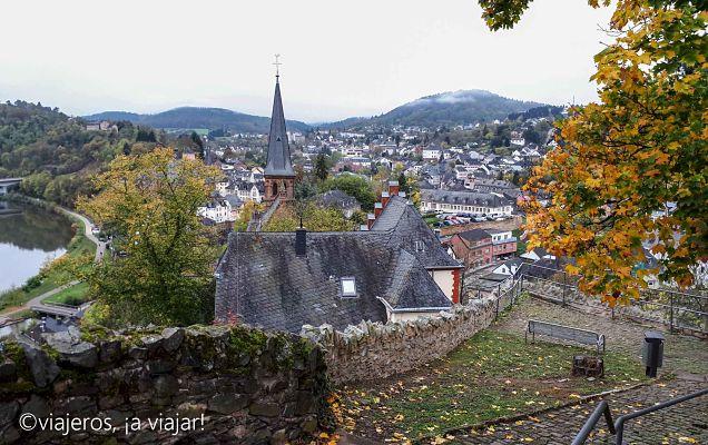 RUTAS POR EL MOSELA. Vista de Saarburg