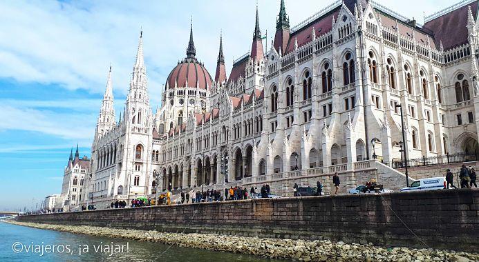 VIAJE Praga - Budapest. Parlamento