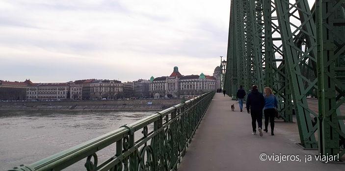 VIAJE Praga - Budapest. Puente libertad