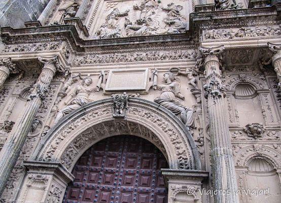 Sacra Capilla. Fachada